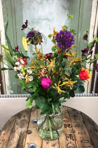Gefeliciteerd boeket bloemen