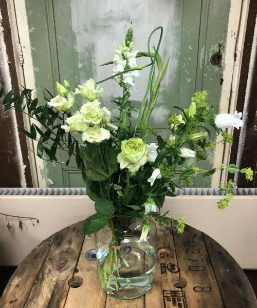 Sneeuwwitje boeket bloemen