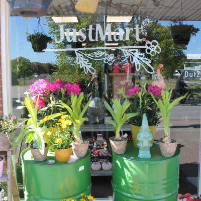 JustMart bloemen Westerbork